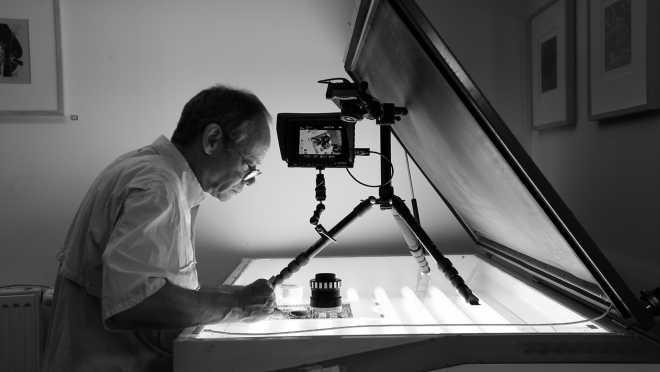 Portrait-Vidéo #83   L'artiste scotche les films de la série des Shakti-Yoni: Ecstatic Cosmic Dance