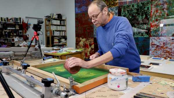 Video-Portrait of the artist Jean-Pierre Sergent screen-printing the Shakti-Yoni: Ecstatic Cosmic Dances series #75