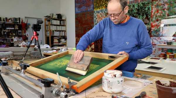 Video-Portrait of the artist Jean-Pierre Sergent screen-printing the Shakti-Yoni: Ecstatic Cosmic Dances series #74