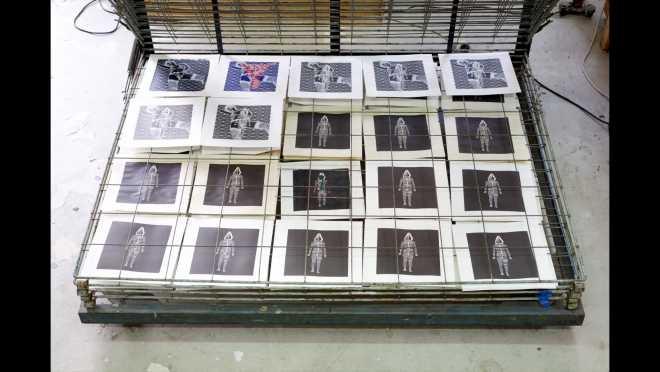 Pitch-Art #12 - Au travail : sérigraphier les images de la série Shakti-Yoni: Ecstatic Cosmic Dances