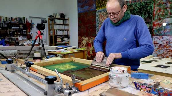 Video-Portrait of the artist Jean-Pierre Sergent screen-printing the Shakti-Yoni: Ecstatic Cosmic Dances series #80